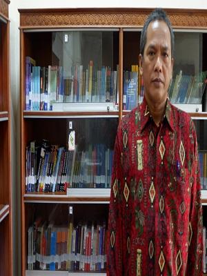 Drs. Juhari Sasmito Aji, M.Si.