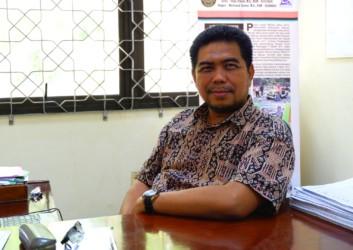 Dr. Muchamad Zaenuri, M.Si.